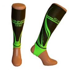 Black / Green PRO Shin sleeve AXL